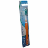 Escova Dental Oral-B Complete Macia 40